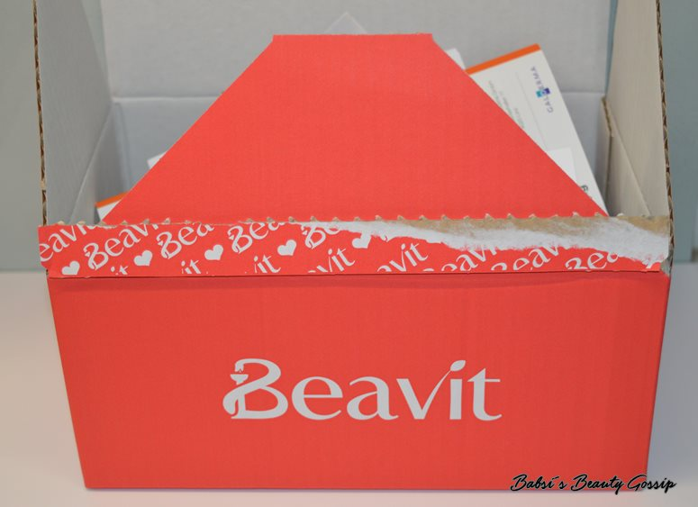 "Unboxing Beavit-Box ""Schneehase"":"