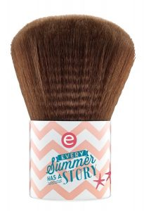 coes80.02b-essence-the-beach-house-kabuki-brush-lowres